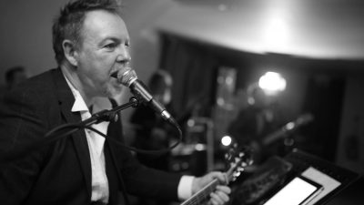 Ian Hooper live at the Norbreck Club